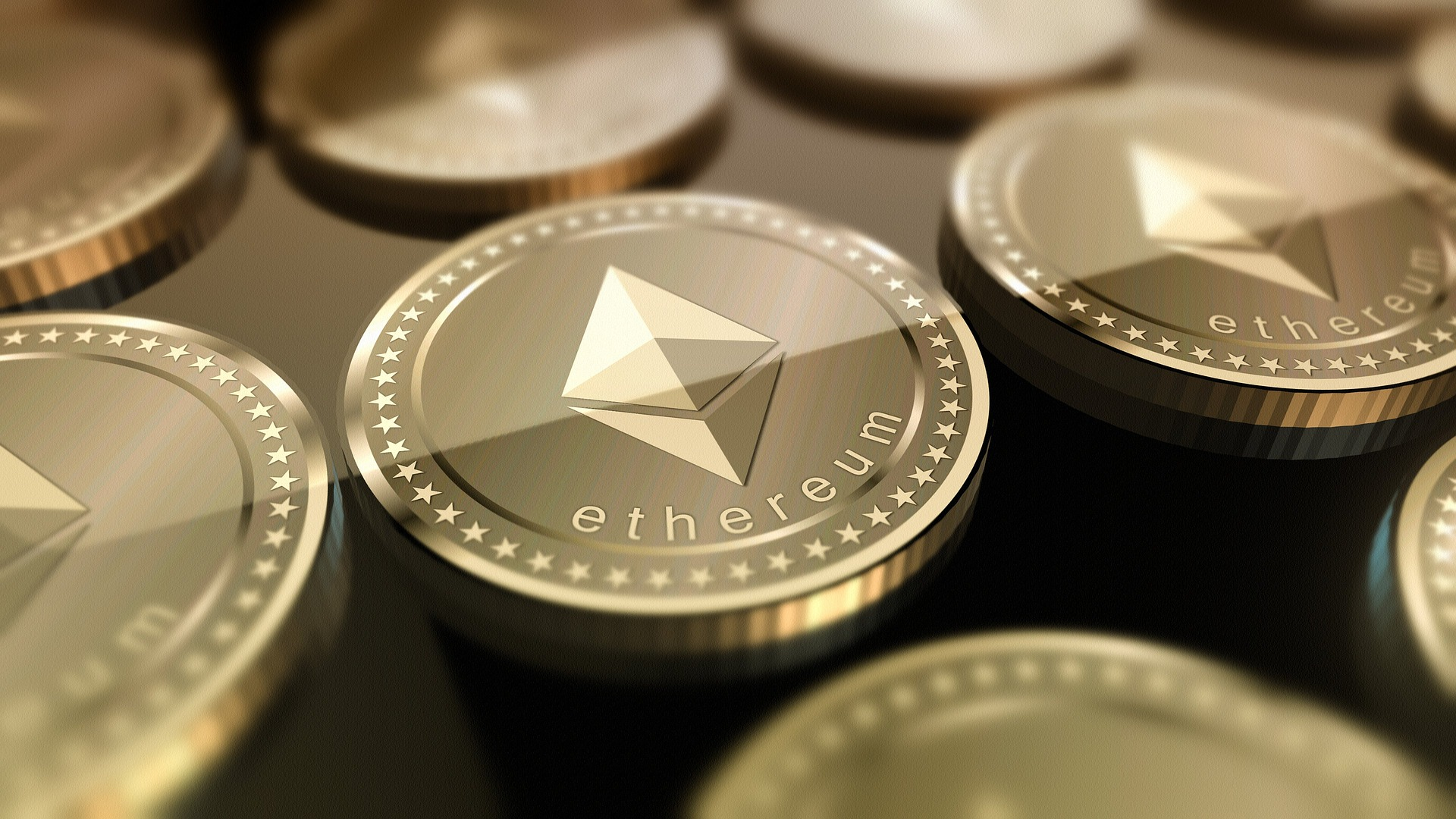 Crypto Analyst Expects Ethereum (ETH) To Experience A Chain Split