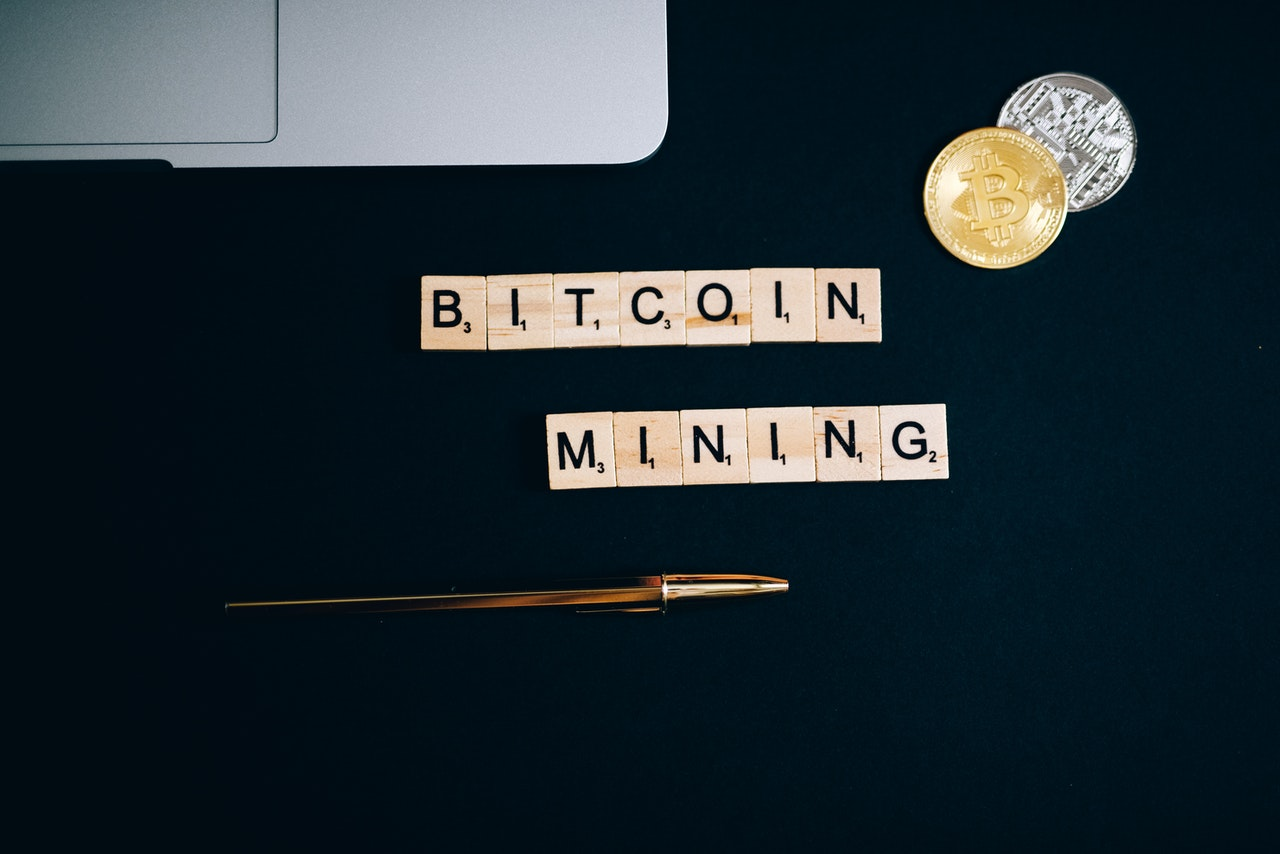 How Bitcoin Mining Works and What Miners Get Out of It